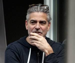 George Clooney se serait fiancé avec sa petite-amie avocate