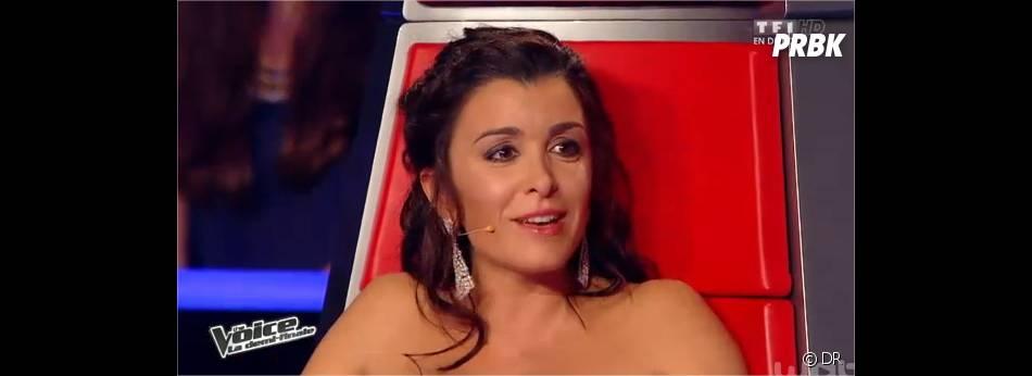 Jenifer métamorphosée par sa grossesse lors des demi-finales de The Voice 3 le 3 mai 2014