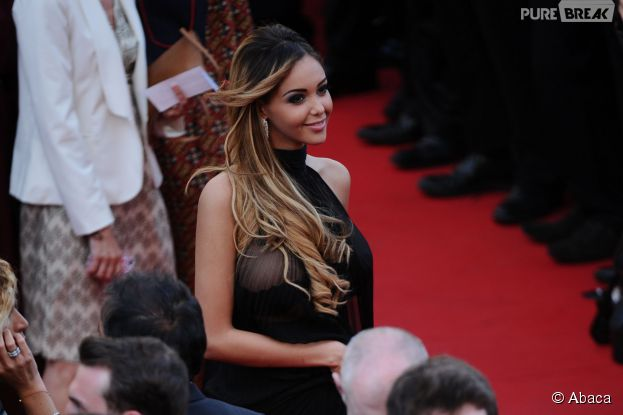 Nabilla Benattia sexy lors du Festival de Cannes, le 18 mai 2014