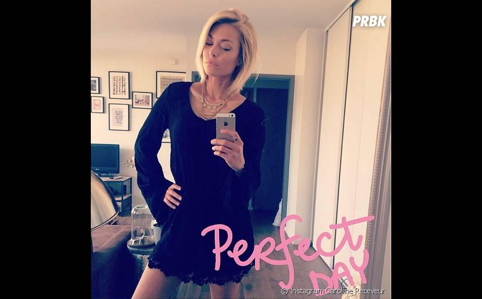 Caroline Receveur : selfie en robe sexy sur Instagram
