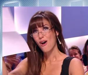 Doria Tillier en larmes pour ses derniers instants de Miss Météo dans Le Grand Journal de Canal +