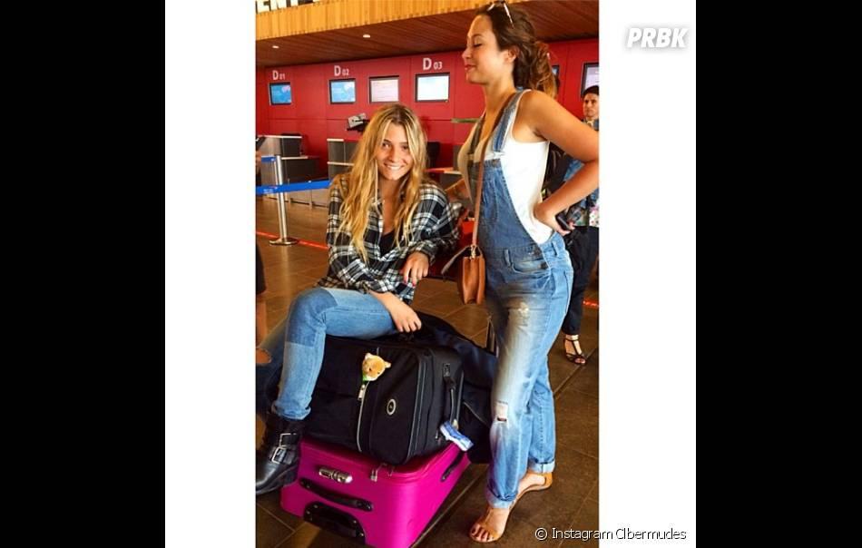 Secret Story 7 : Clara Bermudes et Emilie à l'aéroport