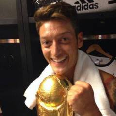 Mesut Özil : le Champion du Monde allemand paye l'opération de 23 enfants