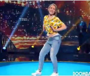 Joy Esther pendant l'épreuve Let's Dance de Vendredi tout est permis, le 25 juillet 2014