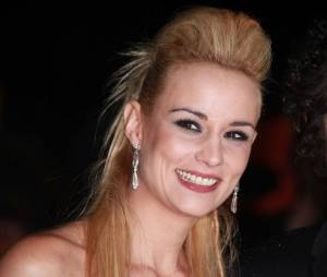 Elodie Gossuin en mode rock aux NMA 2012