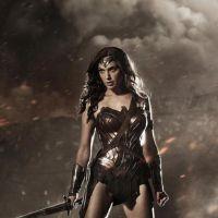 Batman v Superman : Wonder Woman se dévoile et divise sur Twitter