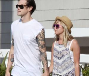 Ashley Tisdale et Christopher French : mariage secret le 8 septembre 2014