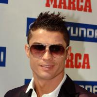 Cristiano Ronaldo : un Youtuber l'imite pour draguer des filles