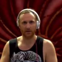 """David Guetta : son """"bad trip"""" à Tomorrowland ? """"J'ai l'air un peu con"""""""