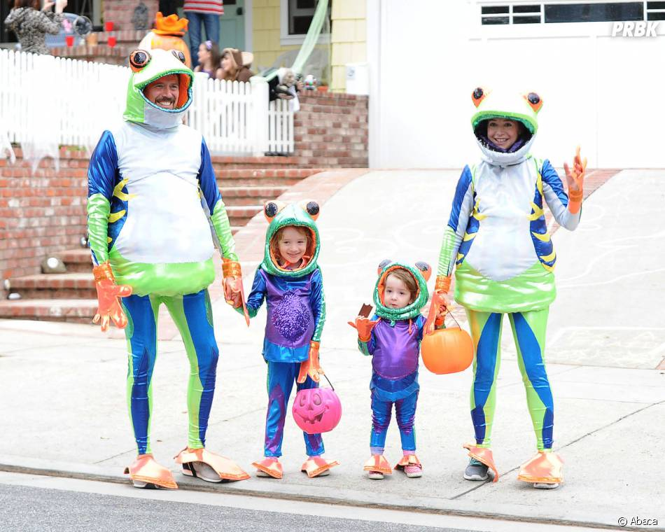 Alyson Hannigan et sa famille de grenouilles à Halloween 2014