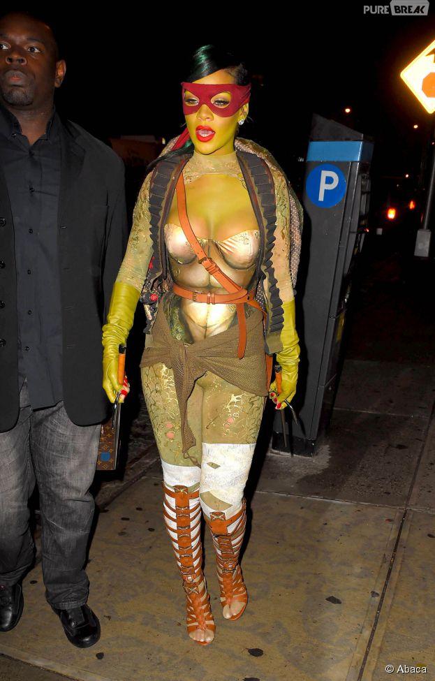Rihanna en tortue ninja pour Halloween 2014