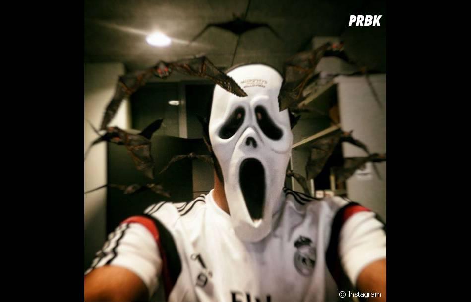 Karim Benzema et son masque de Scream pour Halloween 2014