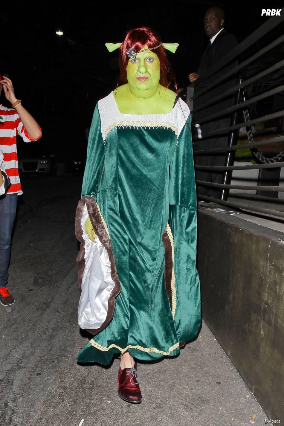 Colton Haynes : déguisement bluffant en Fiona de Shrek pour Halloween 2014