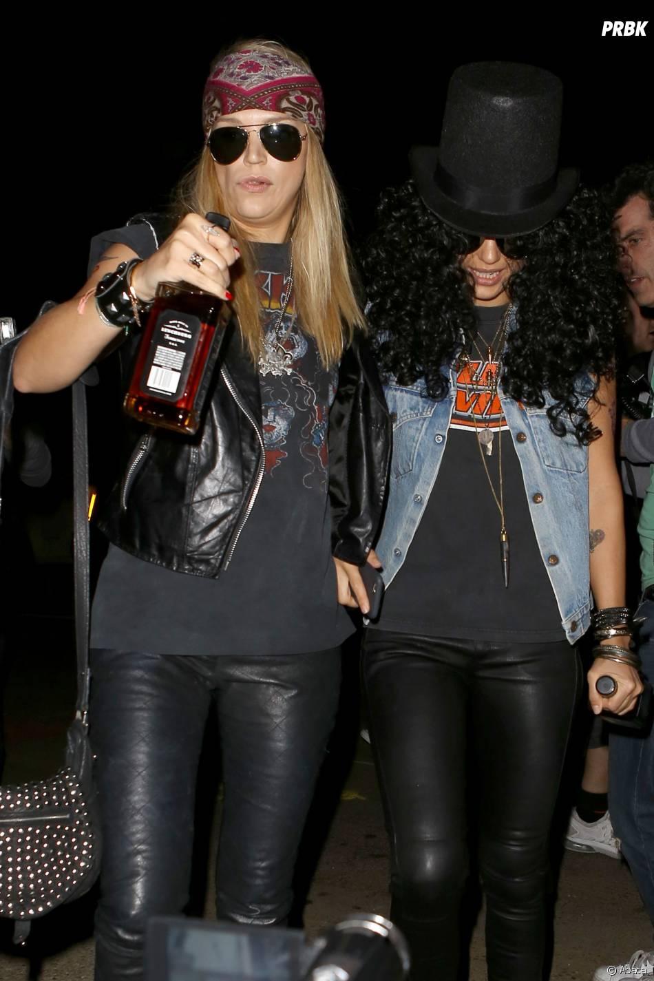 Jessica Alba a laissé de côté son sex-appeal en se déguisant en Guns N'Roses pour Halloween 2014