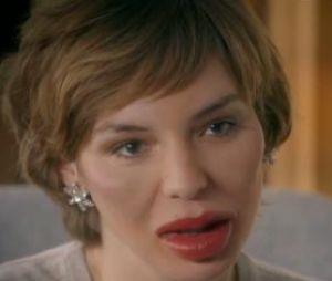 Louise Bourgoin dans un sketch pour les 30 ans de Canal Plus