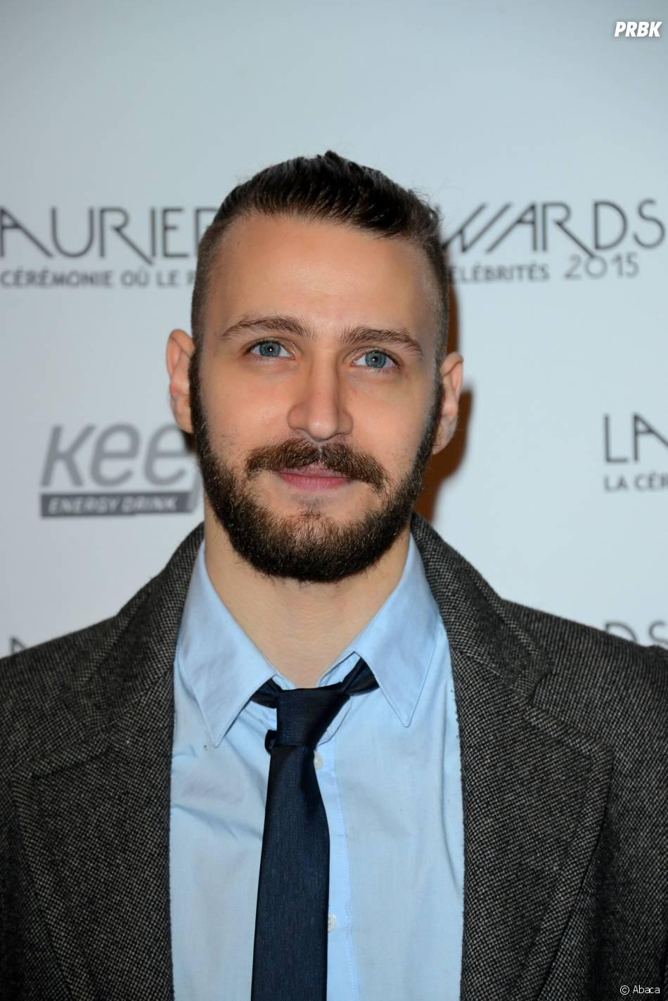 Larry Lynch de Rising Star sur le tapis-rouge de la cérémonie des Lauriers TV Awards le 6 janvier 2015 à Paris