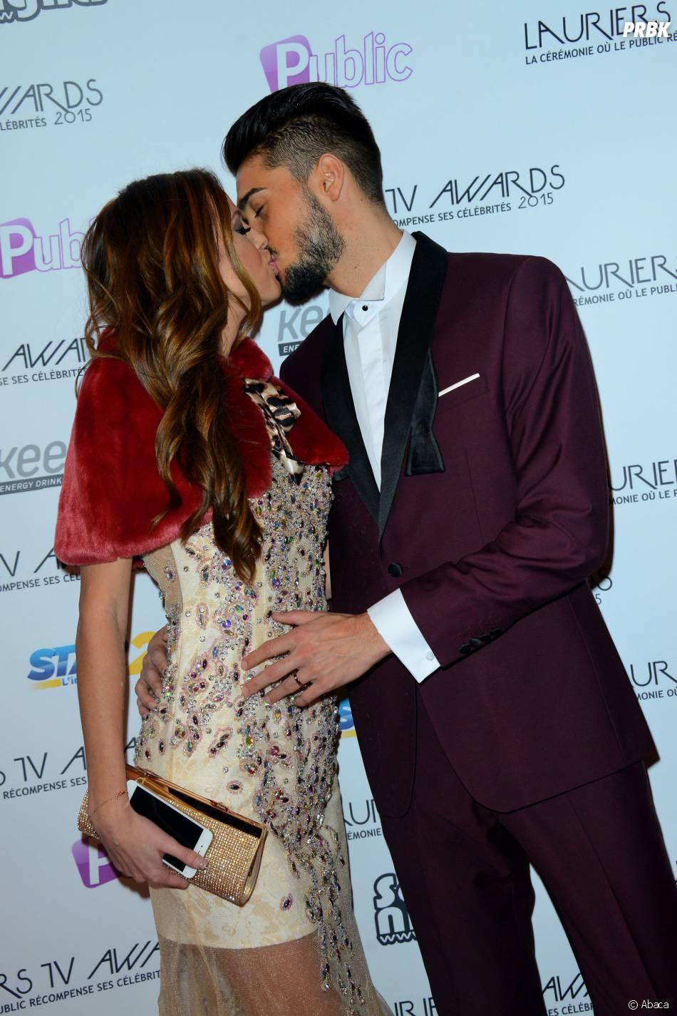 Julien Guirado et Vanessa Lawrens sur le tapis-rouge de la cérémonie des Lauriers TV Awards le 6 janvier 2015 à Paris