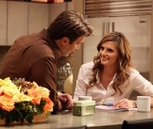 Castle saison 6 : Nathan Fillion et Stana Katic sur une photo