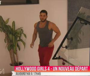 Kevin (Hollywood Girls 4) à la recherche de Nicolas dans l'épisode 16 du 19 janvier 2015, sur NRJ 12