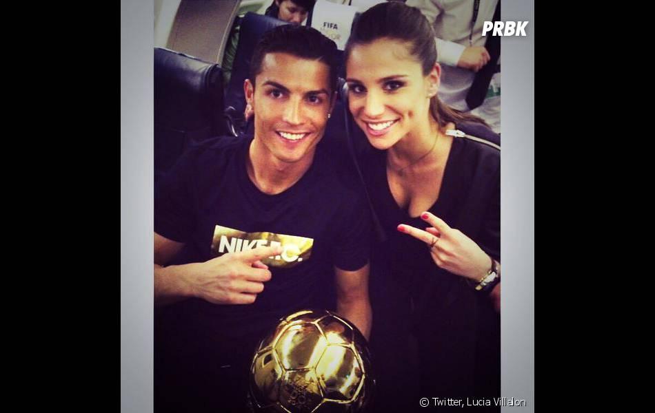 Cristiano Ronaldo et Lucia Villalon prennent la pose après la cérémonie du Ballon d'or 2014