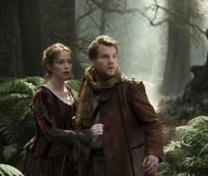 Into the Woods : Emily Blunt et James Corden sur une photo du film