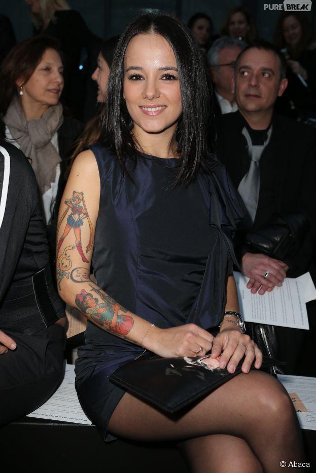 """Alizée : la chanteuse a """"entre 20 et 30"""" tatouages"""