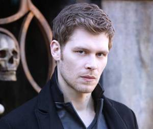 The Originals saison 2, épisode 15 : Joseph Morgan sur une photo
