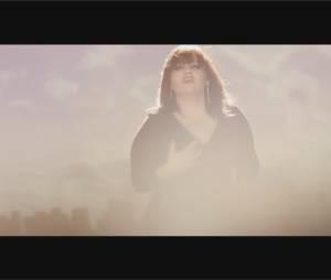 """Eurovision 2015 : Lisa Angell dans le clip pas très novateur de la chanson """"Noubliez pas"""""""