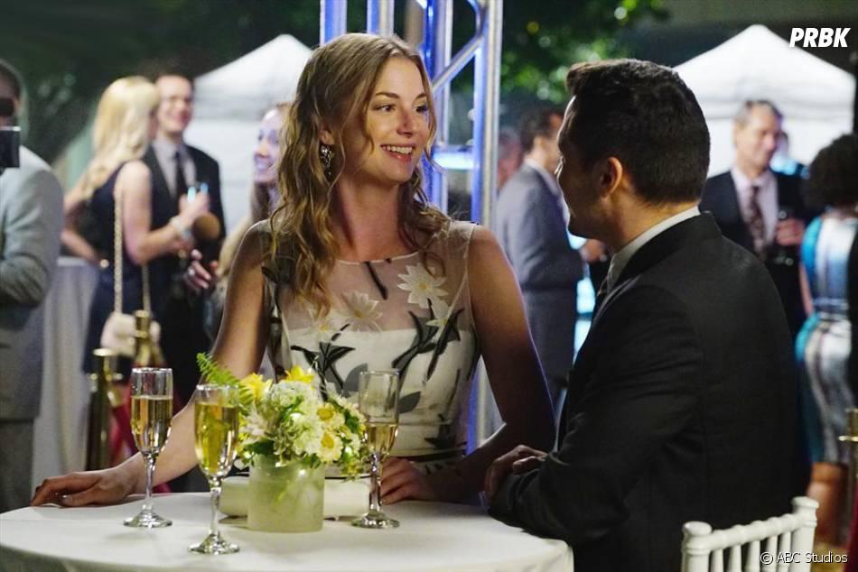 Revenge saison 4, épisode 18 : Jack et Emily se rapprochent sur les photos