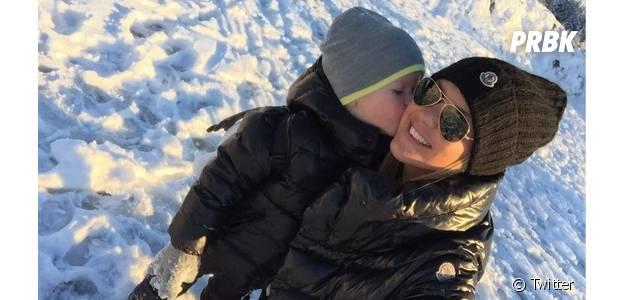 Amélie Neten et son fils Hugo : Noël à la neige