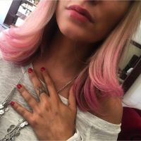 Anaïs Camizuli : nouvelle couleur de cheveux... étonnante