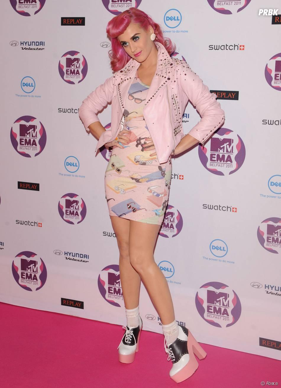Katty Perry a aussi craqué pour la coloration rose