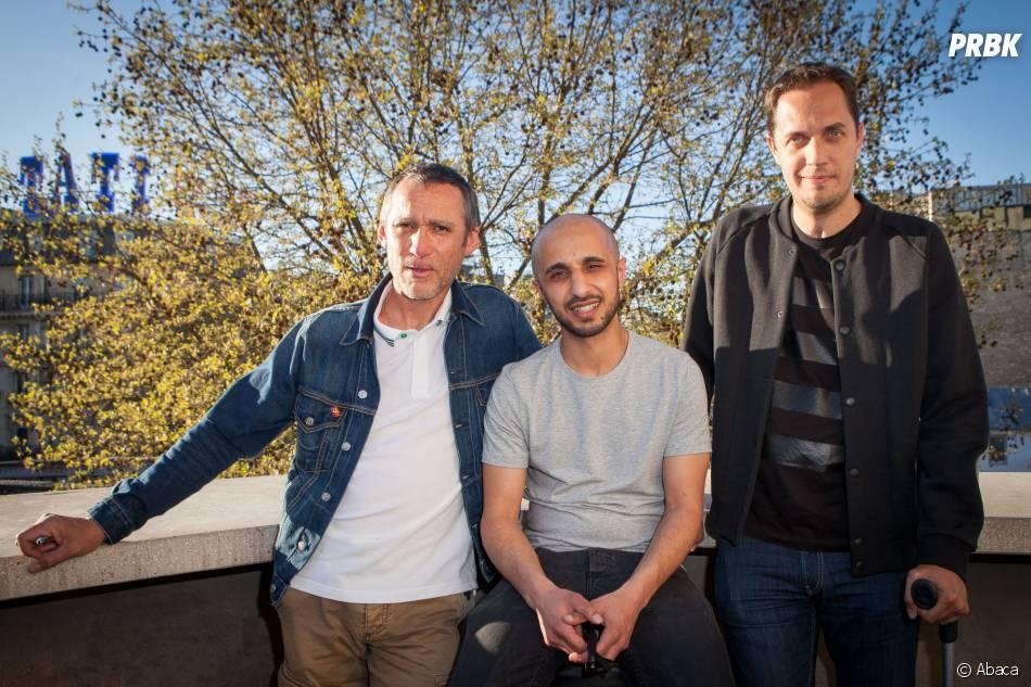 """Grand Corps Malade, le réalisateur Mehdi Idir et Laurent Jacqua lors de l'avant-première du court métrage """"Le Bout du Tunnel"""" au cinéma Louxor à Paris, le 14 avril 2015"""