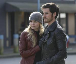 Once Upon a Time saison 4, épisode 20 : Jennifer Morrison (Emma) et Colin O'Donoghue (Hook)