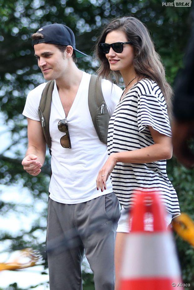 Paul Wesley et Phoebe Tonkin en vacances à Rio de Janeiro le 1er mai 2015
