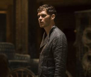 The Originals saison 2, épisode 22 : Joseph Morgan (Klaus) sur une photo