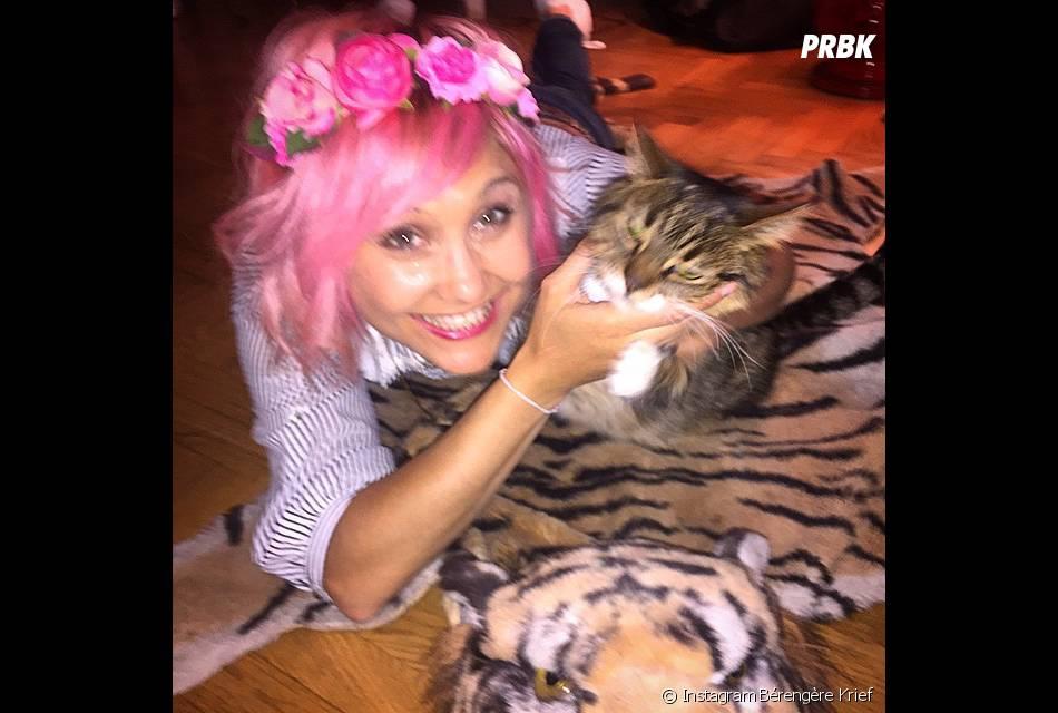 Bérengère Krief avec les cheveux roses sur Instagram, le 9 mai 2015 sur Instagram