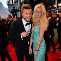 Adixia (Les Marseillais) VS Martika (Le Bachelor) : battle de décolletés sur le tapis rouge à Cannes