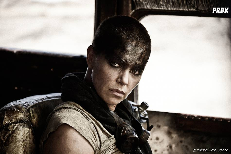 Mad Max Fury Road : Charlize Theron dans le film