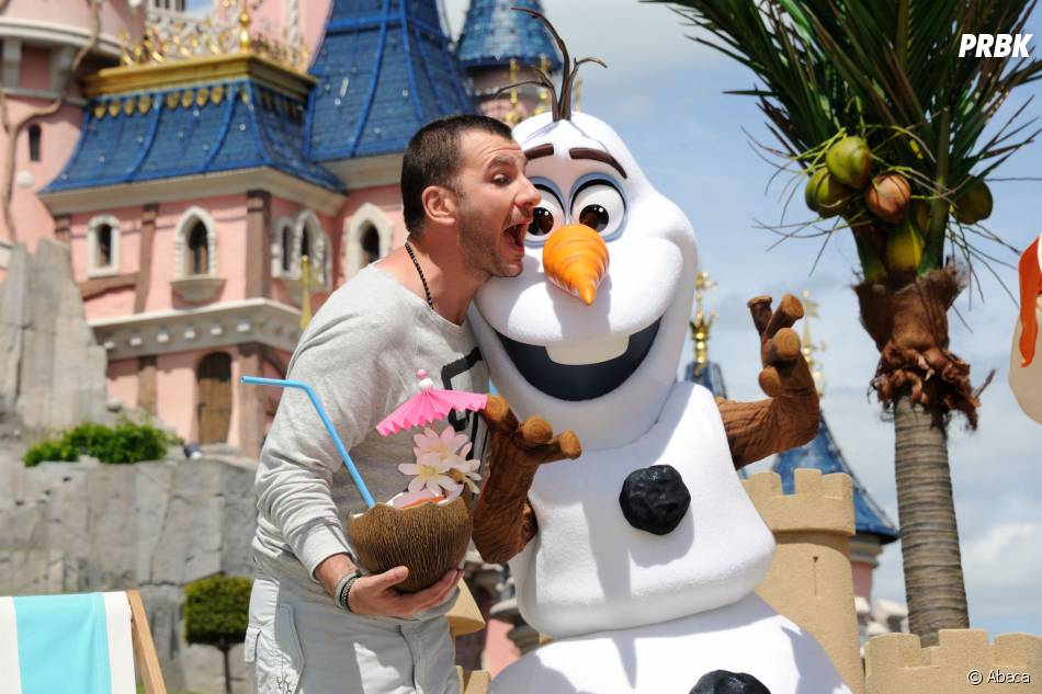 Michael Youn au lancement de la Fete Givree à Disneyland Paris, le 30 mai 2015