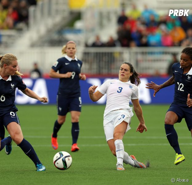 L'équipe de France féminine de football face à l'Angleterre, le 9 juin 2015 au Canada