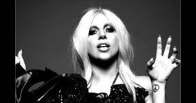 American Horror Story saison 5 : Lady Gaga en couple avec Matt Bomer ?