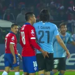 Edinson Cavani : la star du PSG se prend... un doigt dans les fesses en plein match