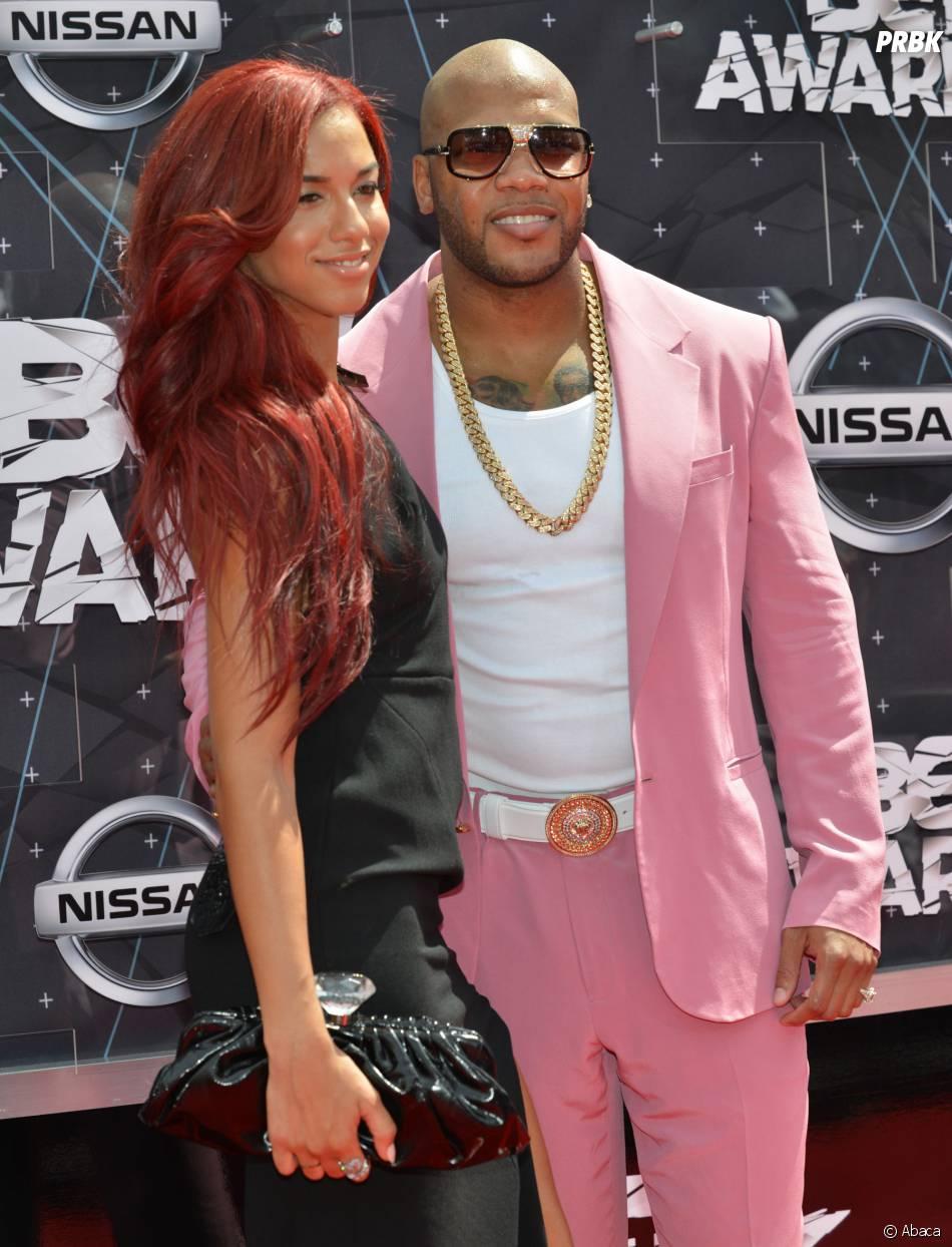 Flo Rida et Natalie La Rose sur le tapis rouge des BET Awards, le 28 juin 2015