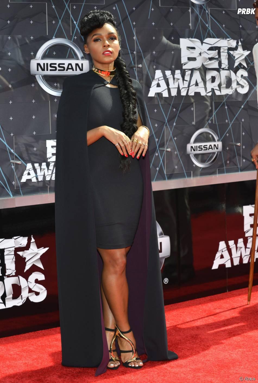 Janelle Monae sur le tapis rouge des BET Awards, le 28 juin 2015