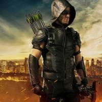 Arrow saison 4 : nouveau costume et plus d'humour pour Oliver Queen