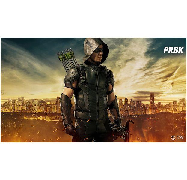 Arrow saison 4 : Oliver Queen dévoile son tout nouveau costume