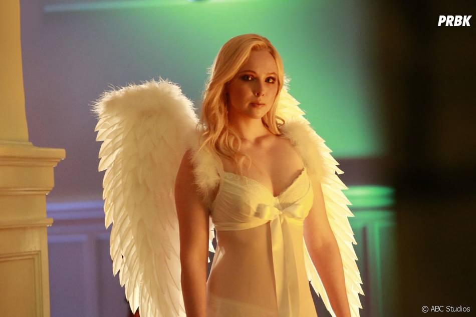Castle saison 8, épisode 3 : Alexis dénudée sur une photo