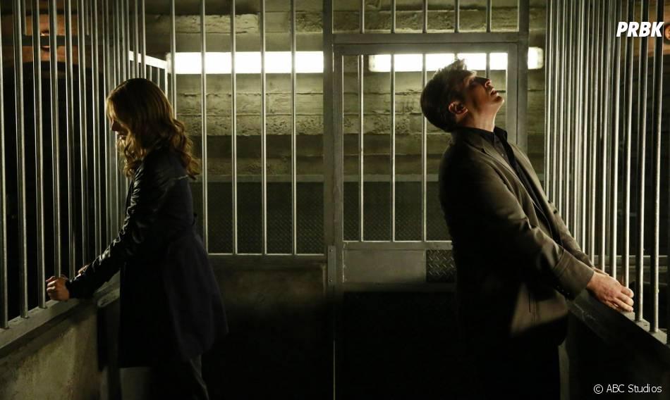 Castle saison 8, épisode 3 : Stana Katic et Nathan Fillion sur une photo