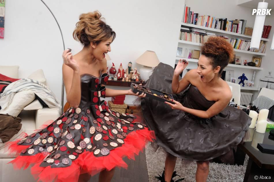 Karima Charni et sa soeur Hedia complices lors de l'essayage de leur robe pour le Salon du chocolat 2015